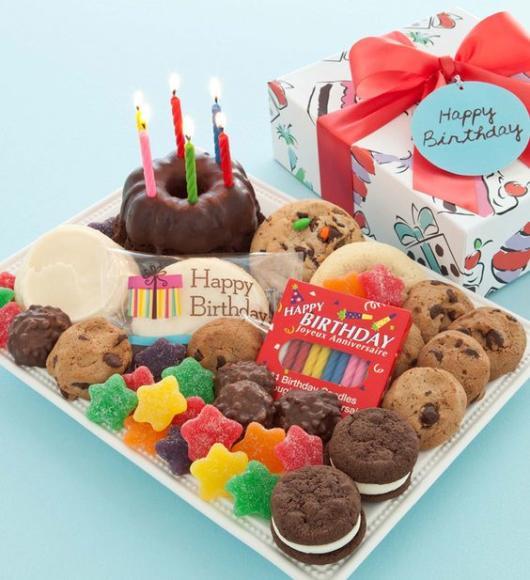Festa na caixa infantil: com doces