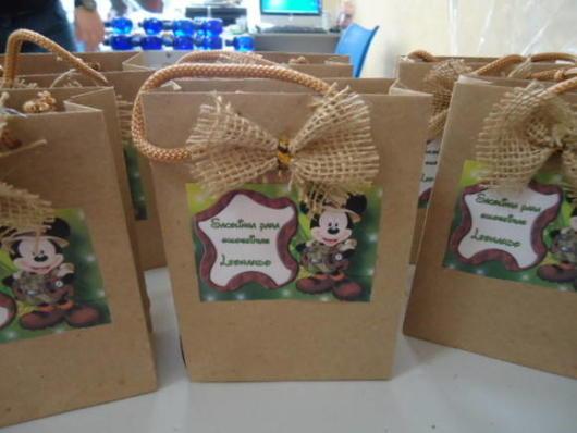 sacolinha surpresa mickey de papel reciclado