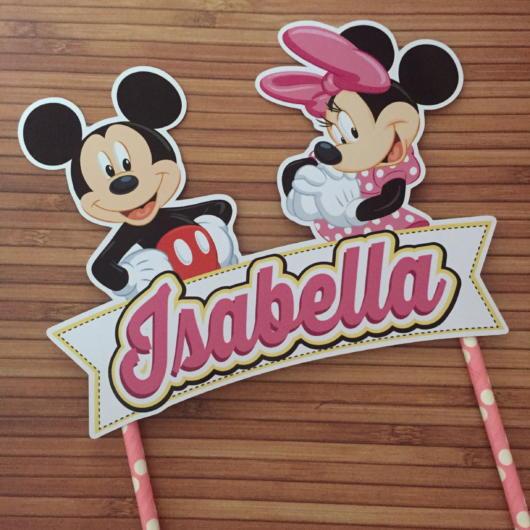 O topo de bolo do Mickey e Minnie de papel também é uma boa ideia