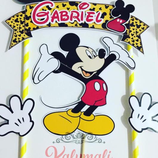 Você pode editar, imprimir e até customizar seu topo de papel do Mickey