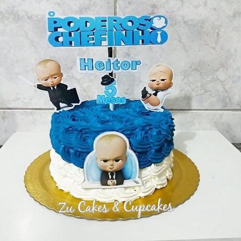As crianças que adoram o filme ficarão atônitas com esse bolo temático!