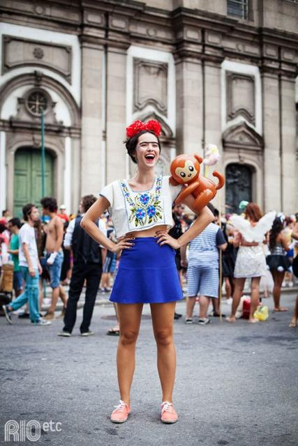 Fantasia frida kahlo: com saia curta