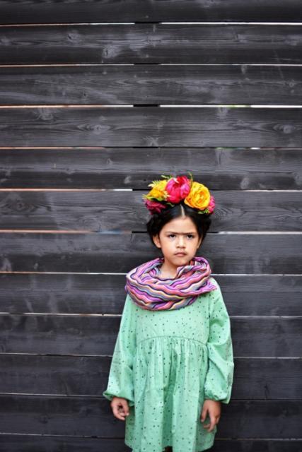 Fantasia frida kahlo: infantil com vestido verde
