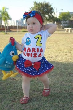 fantasia galinha pintadinha com blusa customizada