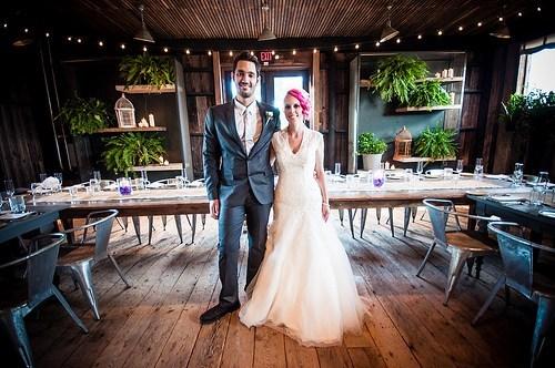 Mini wedding: decoração rústica com plantas