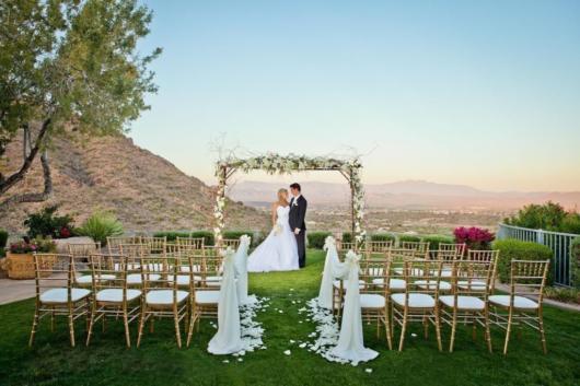 Mini wedding: decoração de cerimonia com pergolado