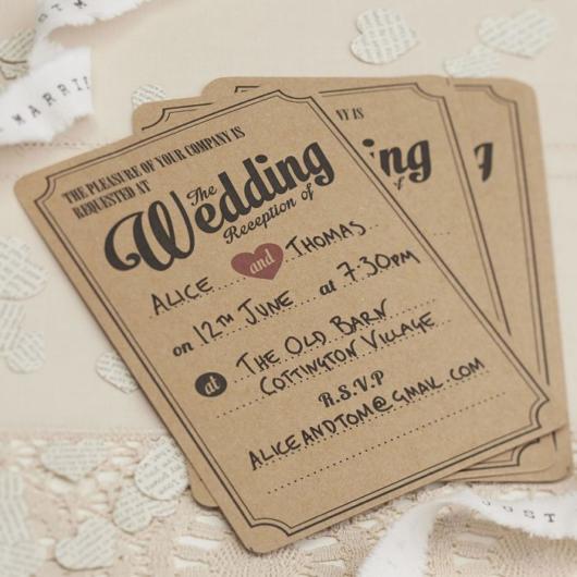 Mini wedding: convite em papel kraft