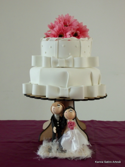 Mini wedding: bolo com flores