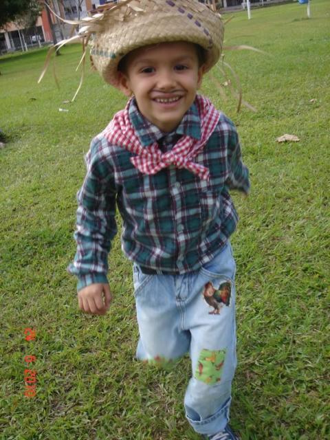 roupa simples menino