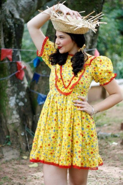 vestido simples festa junina