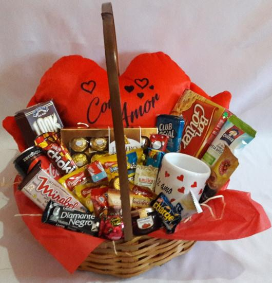 Surpresa para namorada: cesta de doces