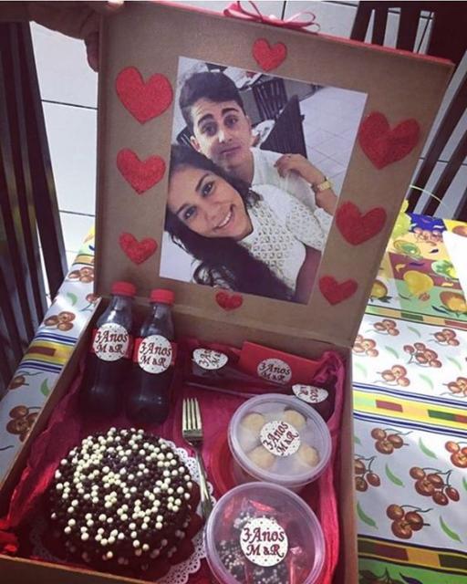Surpresa para namorada: caixa surpresa com bolo