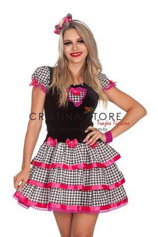 Vestido de festa junina: curto com lacinhos rosas