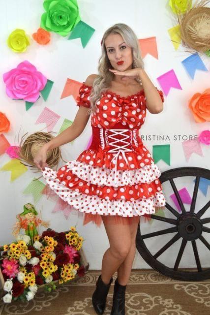 Vestido de festa junina: curto vermelho e branco