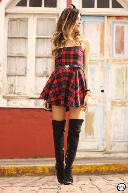 Vestido de festa junina: vestido de luxo vermelho e preto