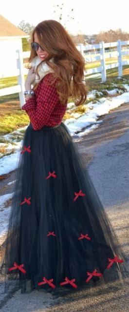 Vestido de festa junina: longo preto e vermelho