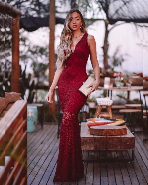 vestido longo em renda