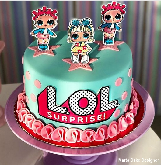 bolo de pasta americana azul e rosa