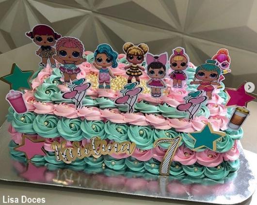bolo azul e rosa suave
