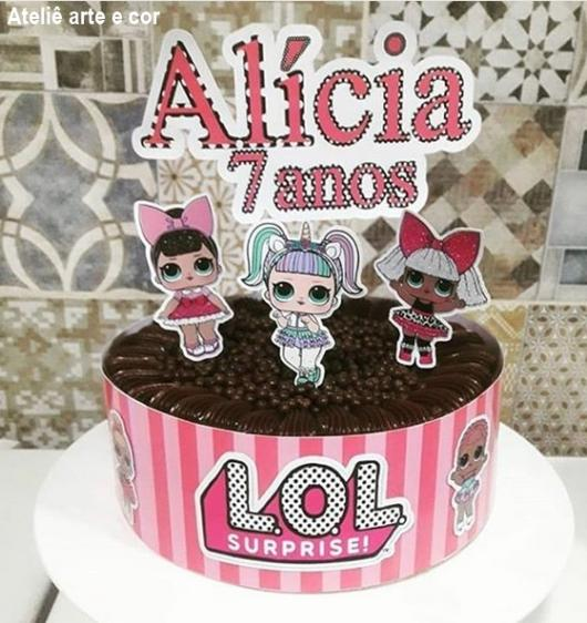 bolo de chocolate temático