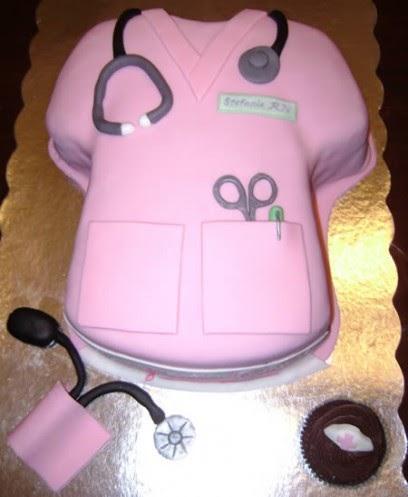 Dica de bolo em forma de jaleco rosa