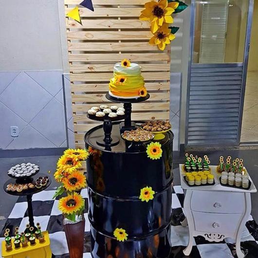 Festa Girassol u2013 65 Ideias com as decorações mais lindas de todas! -> Decoração De Girassol Para Aniversario