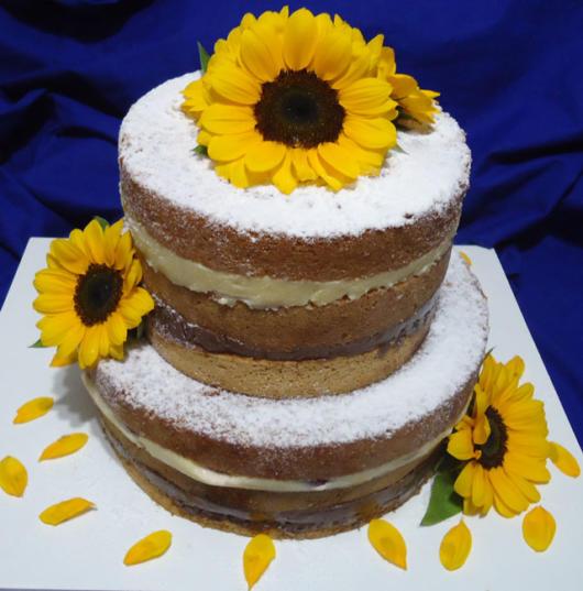 Naked cake girassol