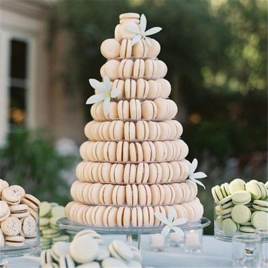 Torre de macarons nude