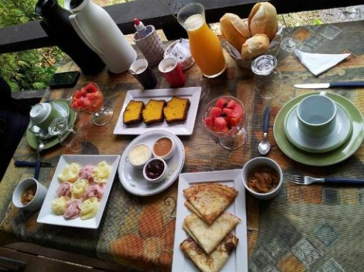 Café da manhã de aniversário