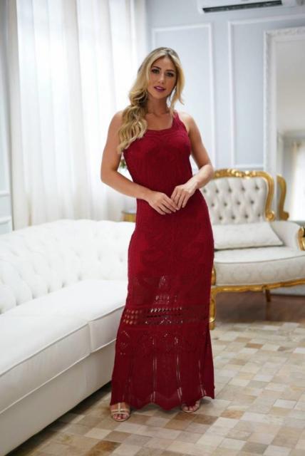 Vestido para ensaio pré-wedding vermelho