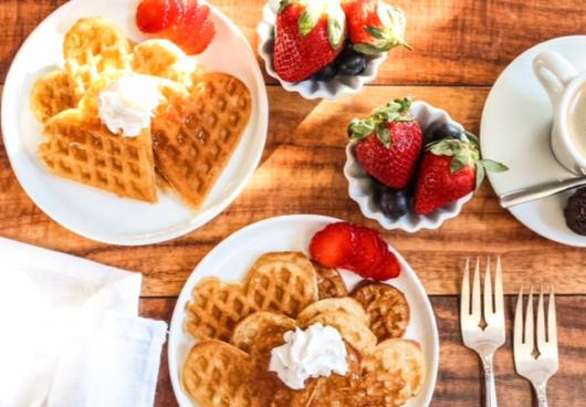 Café da manhã para aniversário de namoro