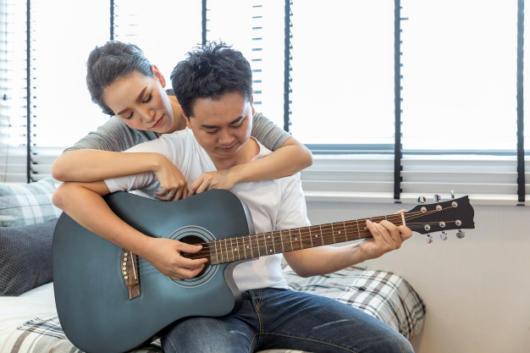 Música para aniversário de namoro