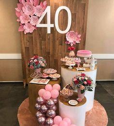Festa 40 anos: decoração simples mini table