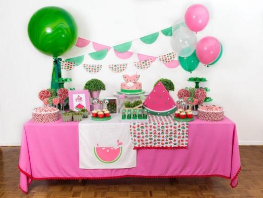 festa simples rosa