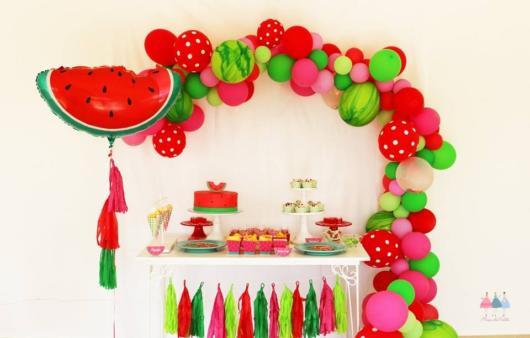 decoração simples com balões