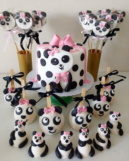 Docinhos de festa panda.