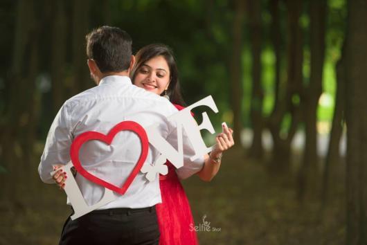 Pré-wedding: criativo com plaquinha