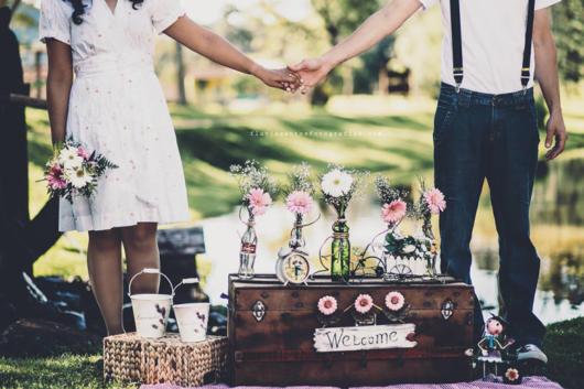 Pré-wedding retrô com pic nic