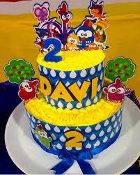 topo de bolo galinha pintadinha com nome e idade.