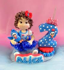 topo bolo galinha pintadinha com menininha