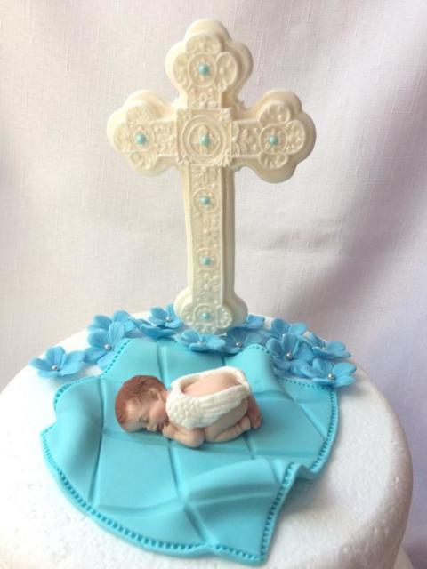 topo de bolo de batizado com cruz