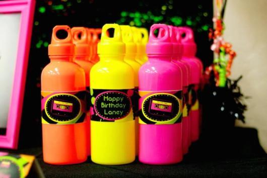 lembrancinhas neon