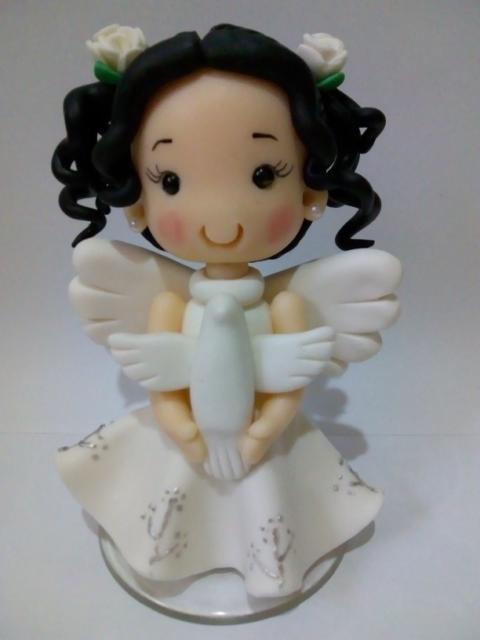 topo de bolo batizado anjinha com cachos