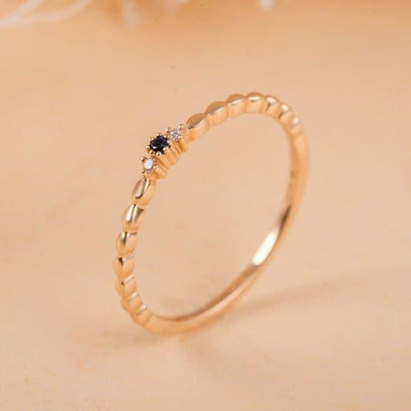 anel de debutante com pedra azul