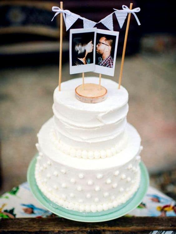 bolo de noivado decorado simples