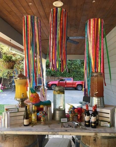 decoração rústica com fitas de cetim
