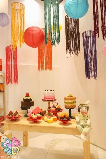 decoração colorida para festa infantil