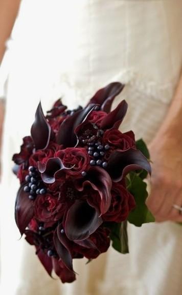 casamento com flores marsala