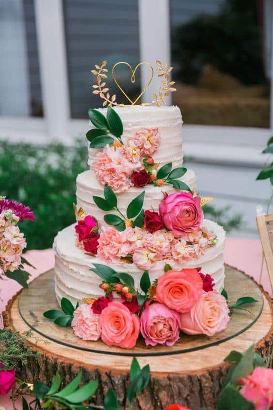 Bolo de casamento flores rosa