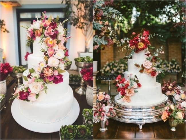 Bolos de casamento com flores coloridas